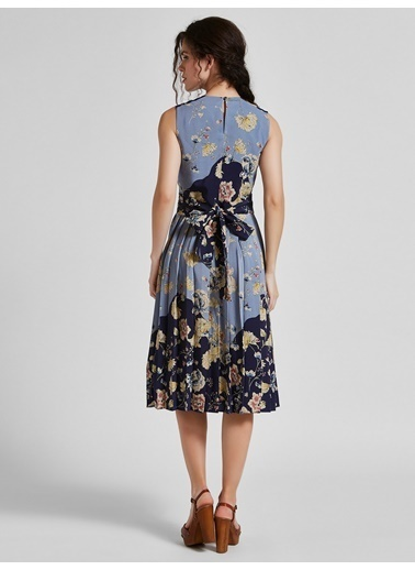 Vekem-Limited Edition Kolsuz Sıfır Yaka Çiçek Desenli Elbise Lacivert